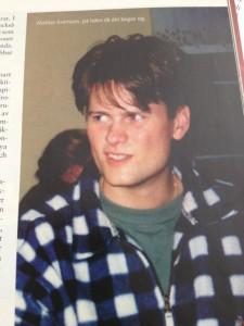 Författaren på Frihetsfrontens andra sommarseminarium på Barnens ö. Året är 1994.
